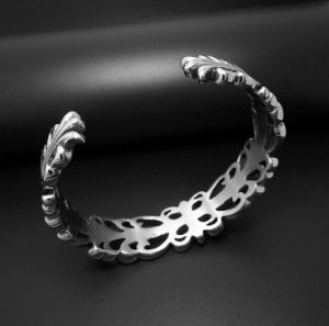 Men Cuff Bracelets Punk Fashion Jewelry Hollow Flower Silver Color pictures & photos