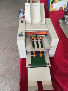 Automatic Folding Machine for Paper, Specification From China (Ze-9b/4) pictures & photos