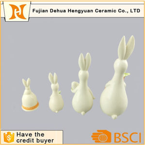 Porcelain Animal Figurines Ceramic Easter Rabbit Decoration pictures & photos
