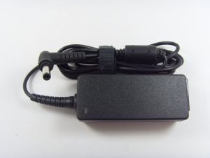 New AC/DC Adapter Toshiba 19V 1.58A Power Adapter PA3922u-1aca PA3743e-1AC3 pictures & photos