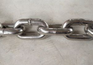 DIN 5685black Welded Steel Link Chain-Diameter 7mm pictures & photos