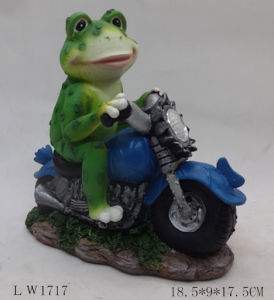 Frog Motobike Sculpture Figurine Solar Power Light for Decoration pictures & photos