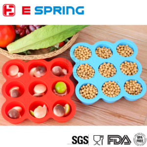 Wholesale Price Nontoxic Odorless 9 Cavity Silicone Baby Food Container Tray with Silicon Lid pictures & photos