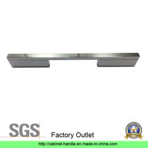 Factory Direct Sale Aluminum Cabinet Furniture Hardware Door Pull Handle (A 004) pictures & photos