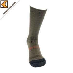 Outdoor Hiking Merino Wool Crew Socks of Men (162006SK) pictures & photos