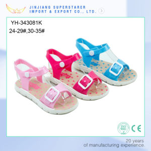 Heart Print PVC Strap Teen Child Girls Candy Sandle pictures & photos
