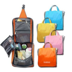 2015 New Designed Toiletry Folding Storage Bags (54044) pictures & photos