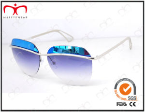 Fashionable Hot Selling UV400 Protection Metal Sunglasses (KM15028) pictures & photos