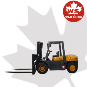 7 Ton Diesel Forklift Truck with Japan Engine pictures & photos