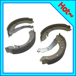 Auto Parts Brake Shoe for Peugeot 405 4241k8 pictures & photos