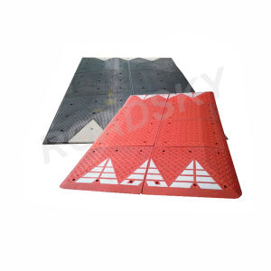 Traffic Calming Devices Vehicles Safety Rubber Speed Cushions Supplier pictures & photos