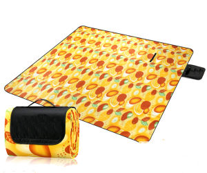 Suede Easy Carry Foldable Outdoor Beach Picnic Mat pictures & photos