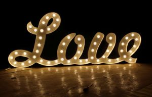 Custom Wedding Letters Love Marquee Signs Metal, Vintage Light Bulb Letter Sign, Custom Marquee Letter Sign pictures & photos
