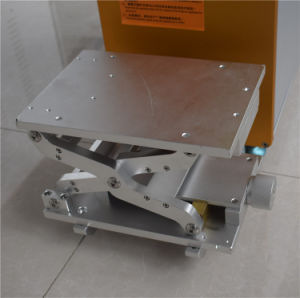 20W Desktop Fiber Laser Marking Machine pictures & photos