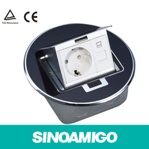 Round Power Outlet with IP44 Ce TUV Approval pictures & photos