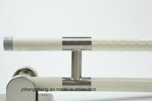 Folding Handicapped Elderly Handrail Bathroom Accessories Grab Bars pictures & photos