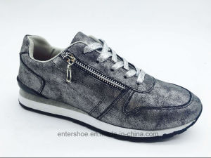 Injection Casual Sports Shoes for Women (ET-MTY160332W) pictures & photos