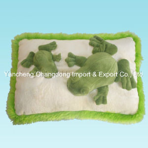 Plush Green Frog Cushion with Frog Shape pictures & photos