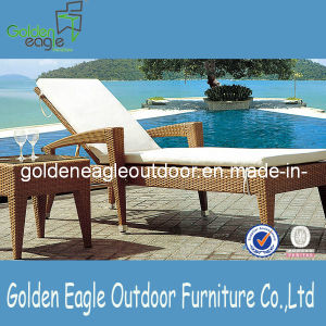 Rattan Furniture Outdoor Wicker Sunlounger pictures & photos
