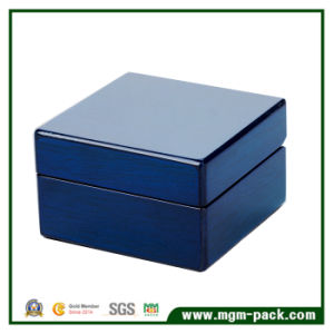 Superior Piano Lacquer Custom Wooden Jewelry Box pictures & photos