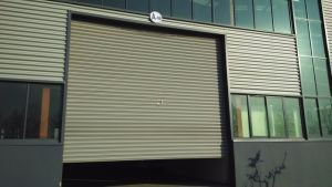 Industrial Electric Rolling Shutter Door (ZY113) pictures & photos