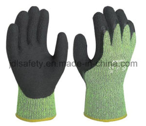 Anti-Cut Terry Work Glove with Latex Dipping (LY3050) pictures & photos