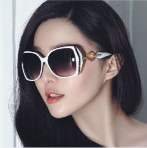 Shenzhen Factory Authentic Fashion Big Box Female Shading Sunglasses