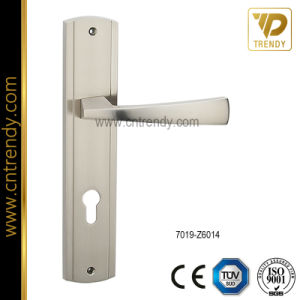 High Precision Mold Casting Door Lock Handle on Plate (7017-Z6017) pictures & photos
