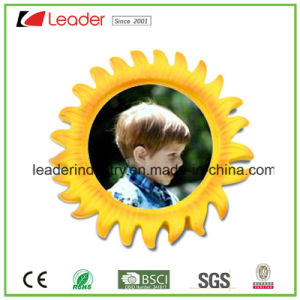 Resin Personalized Tourism Souvenirs Sunflower with Photo Fram Fridge Magnet pictures & photos