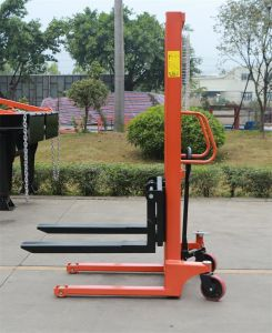1.5ton Hand Pallet Lifter Manual Stacker Hydraulic Stacker pictures & photos
