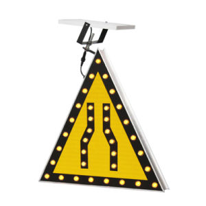 Customized Aluminum Amber Flashing LED Light Solar Traffic Sign pictures & photos