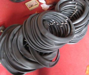 Natural Motorcycle Tubes Butyl Tube 250-17 pictures & photos