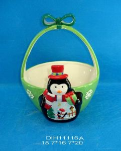 Hand-Painted Ceramic Basket for Christmas Decoration pictures & photos