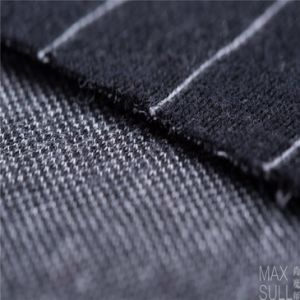 Jacquard Weave, Wool and Polyester Mixd Fabrics in Black and White for Autumn pictures & photos