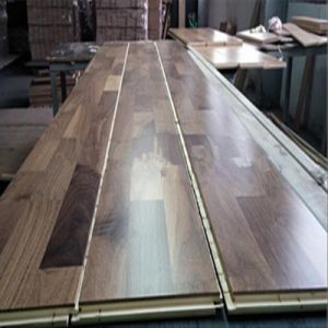 3 Layer 3 Strips Walnut Wood Flooring pictures & photos