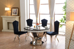 Antique Round Dining Table and Chairs pictures & photos