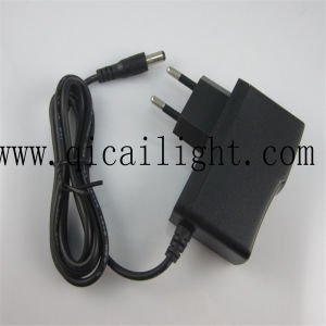 Plastic Shell LED Transformer/ Adapters/Power Supply pictures & photos