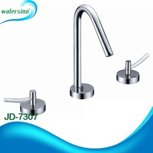 Revolving Handle Future-Proof Hot and Cold Water Faucet pictures & photos
