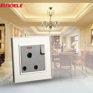 High Quality Stainless Steel Switched 15A Power Socket pictures & photos