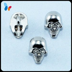 Wholesale Skull Head Shape Metal Button for Decoration pictures & photos