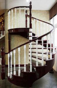 Building Material Natural Solid Wood Spiral Staircase pictures & photos