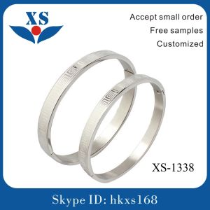 Blue Stainless Steel Bangles for Girl pictures & photos