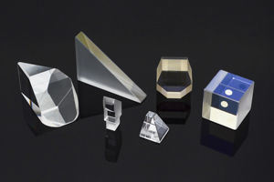 Right Angle Prism (BK7, Fused silica, BaF2, JGS1) pictures & photos
