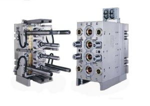 Custom Electronic Parts Plastic Injection Mold pictures & photos