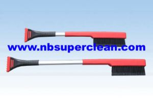 New Type Heavy-Duty Soft Bristle Snow Brush with Ice Scraper (CN2235) pictures & photos