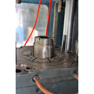 Screw Thread Plastic Product Injection Mould (BR-IM-004) pictures & photos