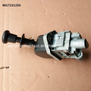 9617231250 Hand Brake Valve Use for Mercedes Benz pictures & photos