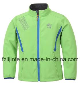 Children Wear Unisex Softshell Jacket pictures & photos