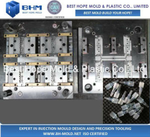 Popular Design Coupling Luer Lock Injection Mold pictures & photos