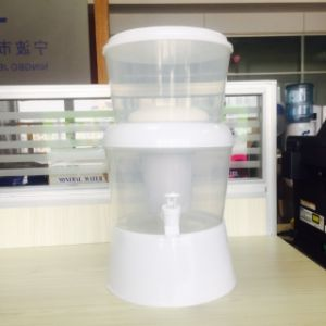 8L Color Mineral Water Filter Pot with Activated Carbon, Resin pictures & photos